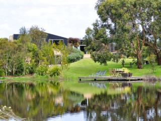 THE LAKE HOUSE, Inverloch