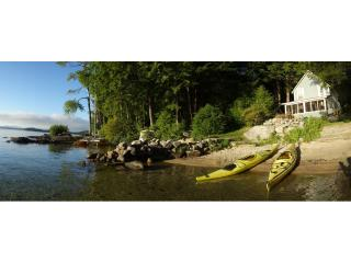 2 BR Vintage Cottage Newfound Lake - Private Beach