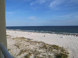 Island Shores 556 - Economy Gulf Front - NEW Kitchen Counter & Backsplash - FREE