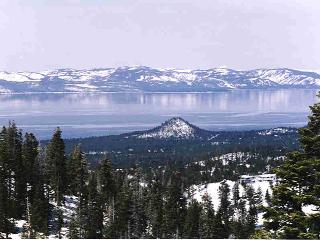 Panoramic Lake/Ski View 'C', Stateline