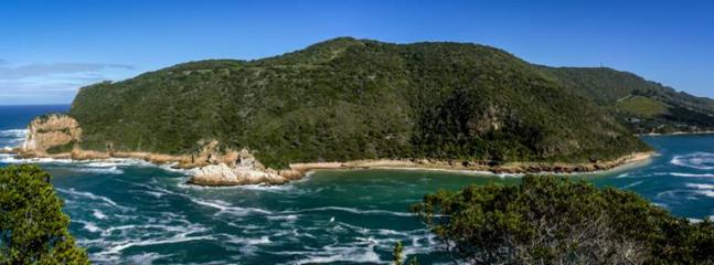 Panoramic View of the Heads - Breathtaking! Courtesy of Steve Norton 'I'm a Knysna Fan FB page'