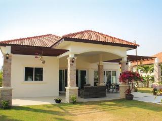 Superb 3BDR Family Pool Villa, Hua Hin