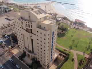 RENT APARTMENT NETANYA  W3