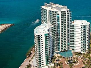 RITZ BAL HARBOUR HOTEL,1 BEDROOM SUITE,OCEAN VIEW, Bal Harbour
