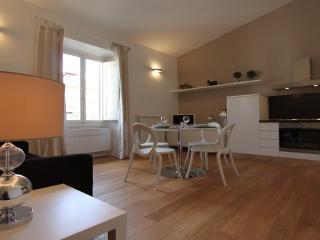 Dante Alighieri apartment