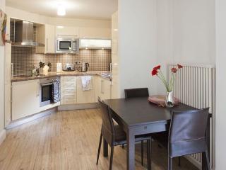 Perfect 1 Bedroom Apartment in Soho, London