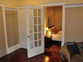 Toronto Guests Suites- Ivy Apartment - 1 bedroom