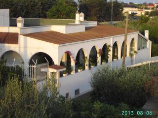 Villa Nicolaus, Bari