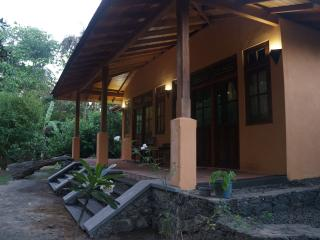 Hikkaduwa villa close to the beach