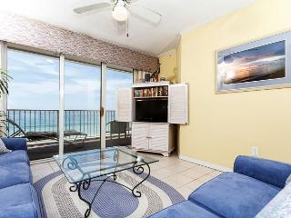 GD 615:Spectacular views,HDTVs, sleeps 8, WIFI, FREE BEACH SERVICE