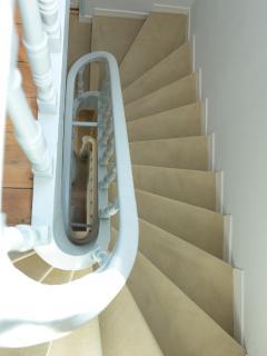 Escalier du 1er étage au second