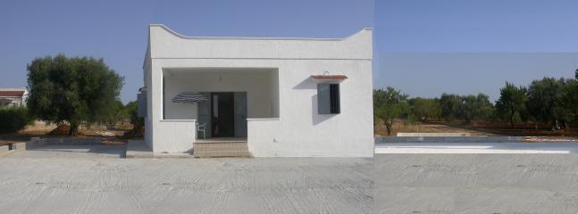 Vista esterno villa a 4 posti
