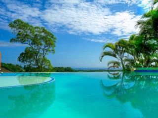 Monte Placido - L, Hilltop Ocean View, Infinity Pool, YOGA
