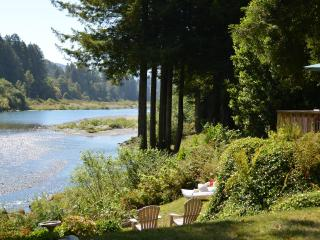 River Front Home On The Beautiful Smith River, Crescent City