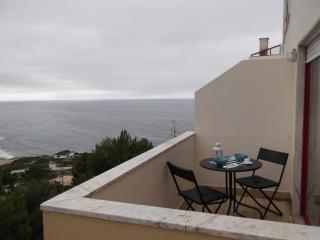 Flat with balcony/Sintra view/Magoito beach