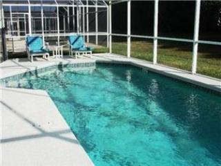 4 Bedroom 2 Bathroom Pool Home Located In Westbury. 150HPD, Orlando