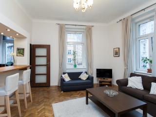 Beautiful Park Apartment 1-6 People, Prague