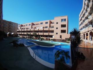 Amplio apartamento con WIFI. Residencial Marineda