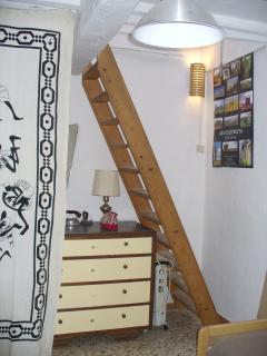 scala per soffitta/attic,