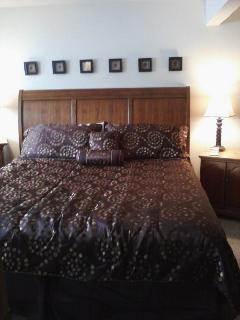 King lower bedroom