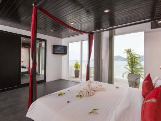 One-Bedroom Apartment with Sea View (4 Adults) 85 m², Patong
