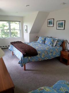 3rd floor king bedroom