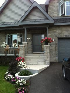 Beautiful modern house for rent (short term 3-4 mo, Chateauguay
