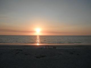 Sun,surf ,sand and relaxation, Belleair Beach