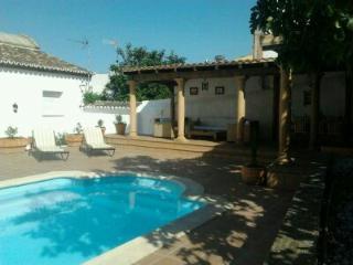 Casa la Alcazaba de Serrato