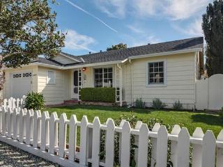 4620 Bain Avenue, Santa Cruz