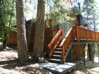 #063 JB's Pinecone Lodge, Big Bear Region