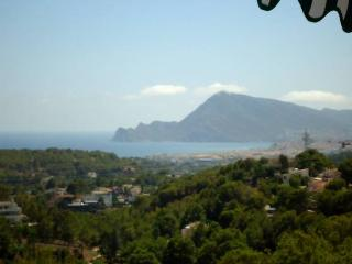 Don Cayo golf villa 4 pers, pool and tennis court, Altea la Vella