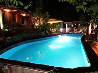 Villa Beatrice, due residence con piscina sul mare