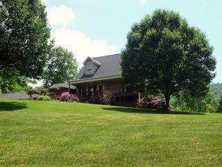 Quiet country setting just minutes from Asheville, Weaverville