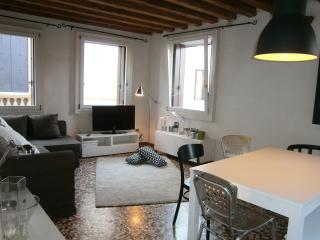 Beautiful apartment in Vicenza historic Center