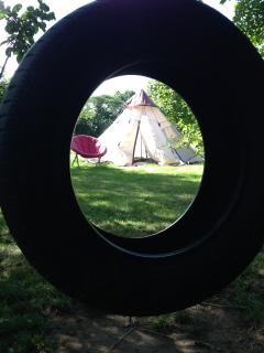 view to optional tippee den from the always popular old school tyre swing !!