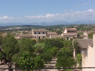 Characteristic Romantic Mallorcan House, Montuiri