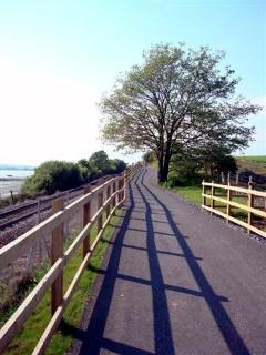 Cycle path along Estuary