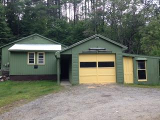 Craftsman Cottage Across from Schroon River