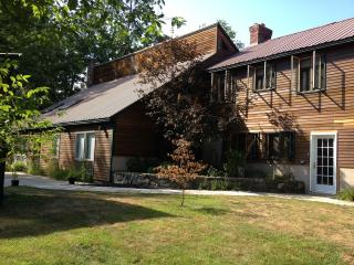 Large Custom Cedar Home, Ideal for Family Vacation, Madison