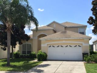 Holiday Villa at Windsor Palms 3 miles from Disney