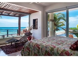 Luxury Two Bedroom Oceanfront Condo, private deck, Puerto Morelos