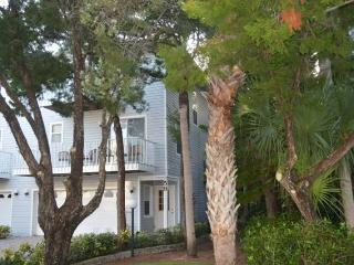 North Beach Village, unit 59  - Great Townhouse!, Holmes Beach