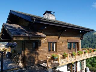 Chalet Tressud - with outdoor jacuzzi
