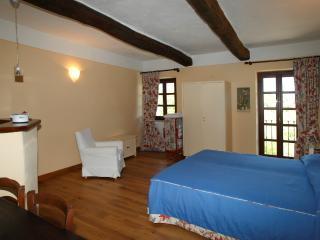 Castello di Grillano - Guest House - Colchico