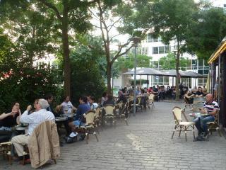 nombreux restaurants sympas