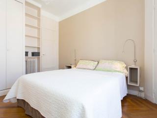 Queen bed 160x200