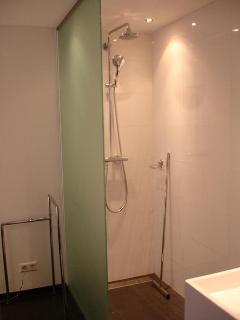 B&B shower