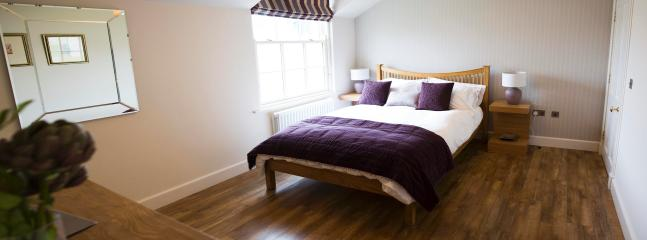 KingSize Bedroom with Full Ensuite Bathroom and Dressing Room. Hair dryer, Plasma TV