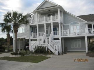 the happy beach house, Emerald Isle